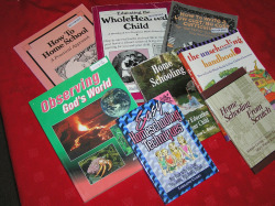 Homeschool curriculum comes in a wide variety of types and styles.  Discern what works best for you at Holly Craw's workshop.